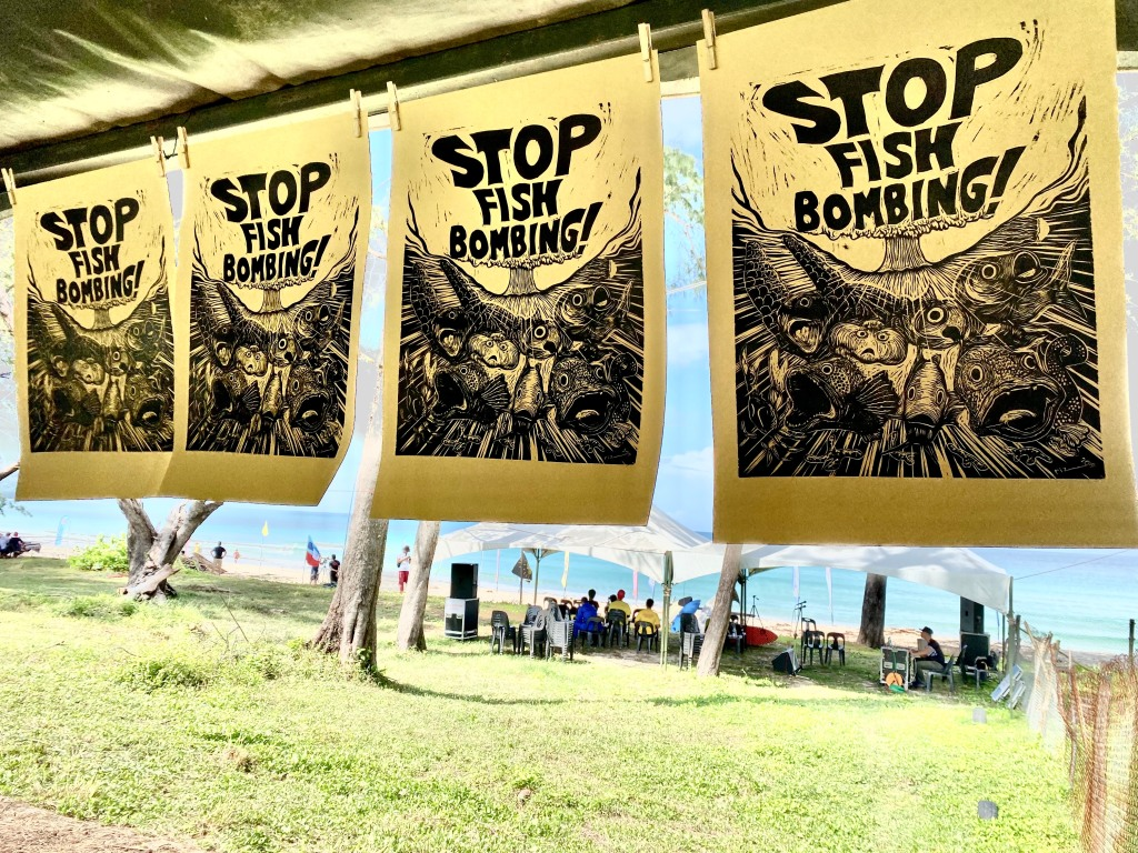 "Rizo Leong ""Stop Fish Bombing"""