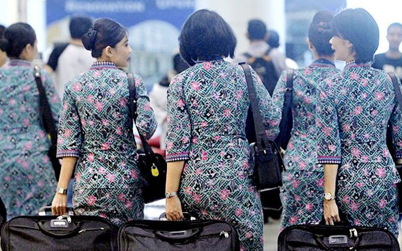 A flight attendant who gained extra 0.70 kilogramme was dismissed by Malaysia Airlines